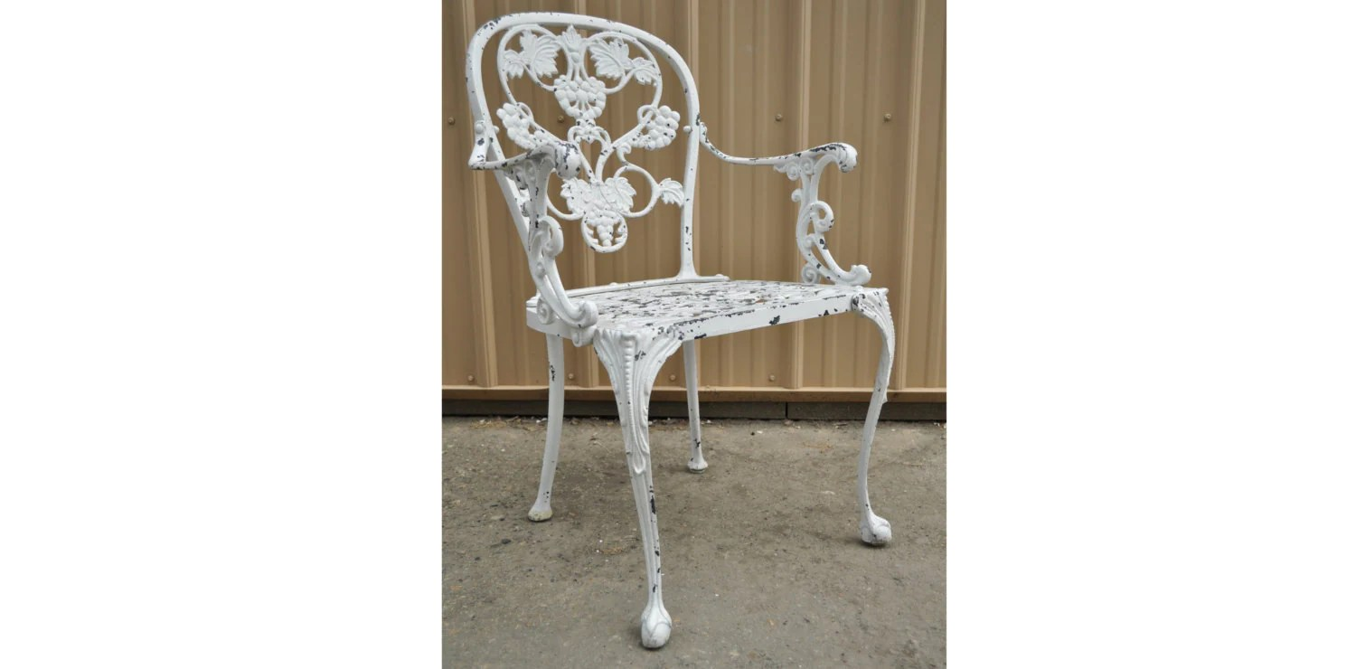 Vintage Woodard Victorian French Style Cast Aluminum