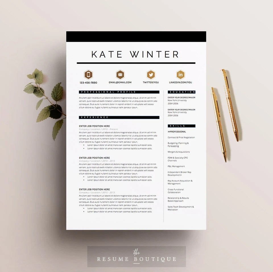 Template By Ola Hamdy Resume Fortunelle Resumes