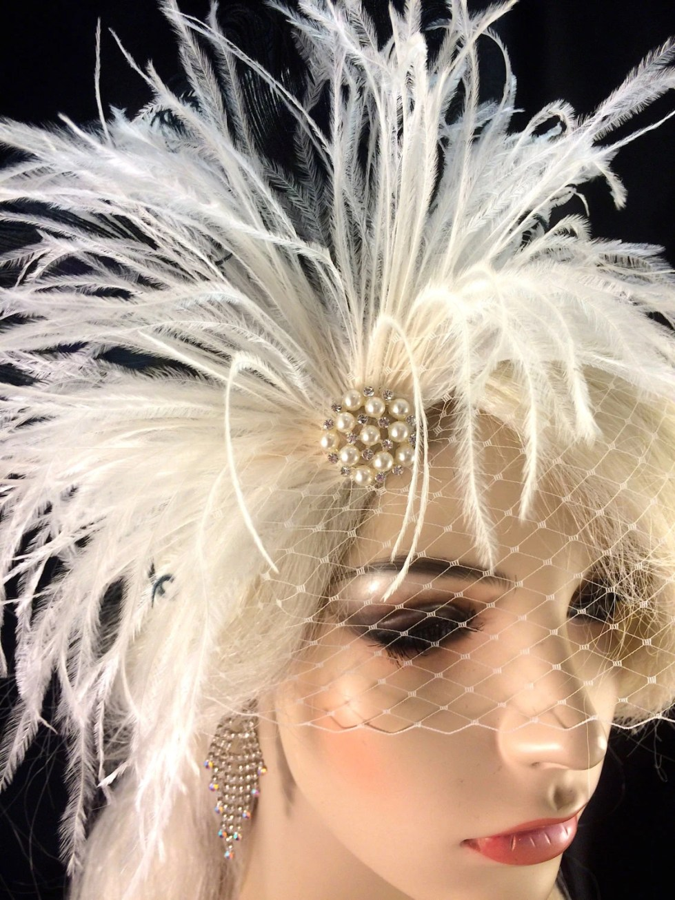 Feather Hair Clip, Wedding Fascinator,Wedding Feather Fascinator,Wedding Headpiece,Wedding Hair, Wedding Veil, White, Ivory and Black,Pearls