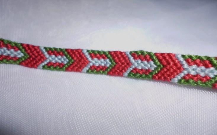 Friendship bracelet - arr...