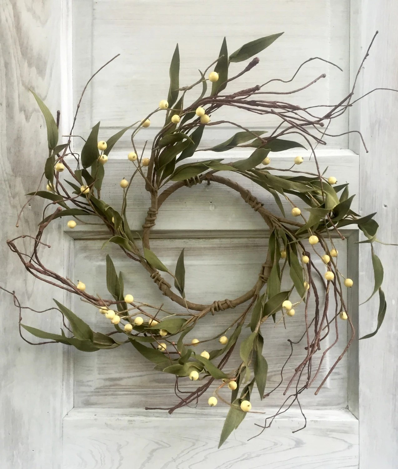 Pip Berry Wreath With Leaves Large Candle Ring Wedding