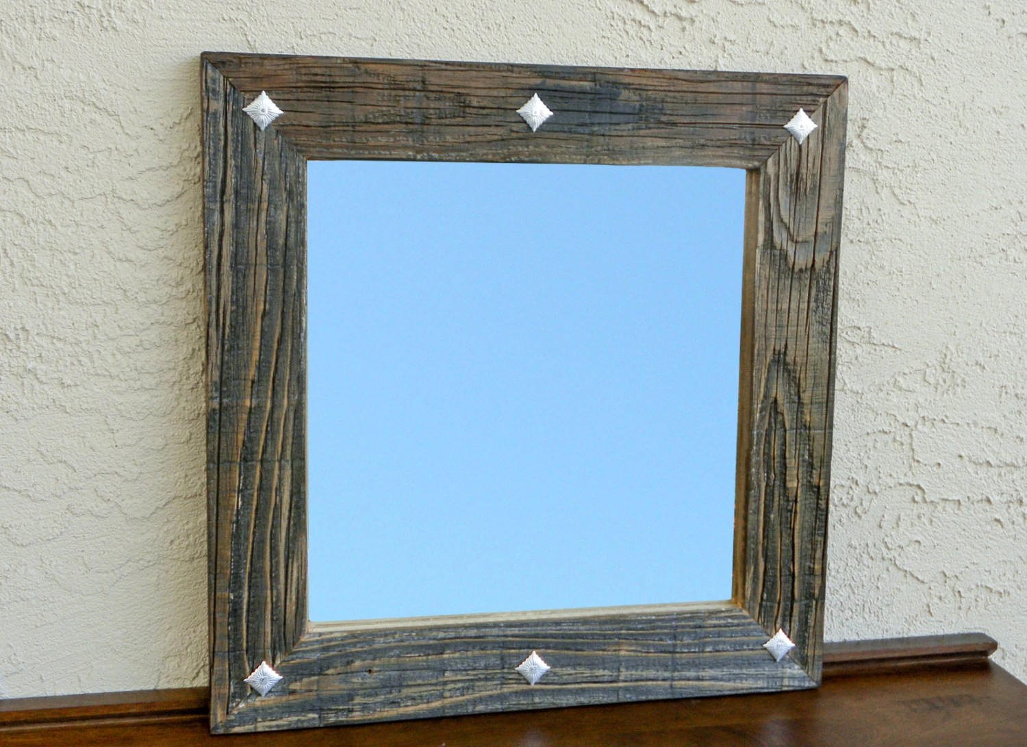 #HANDMADE Reclaimed Wood Mirror With Decorative Metal