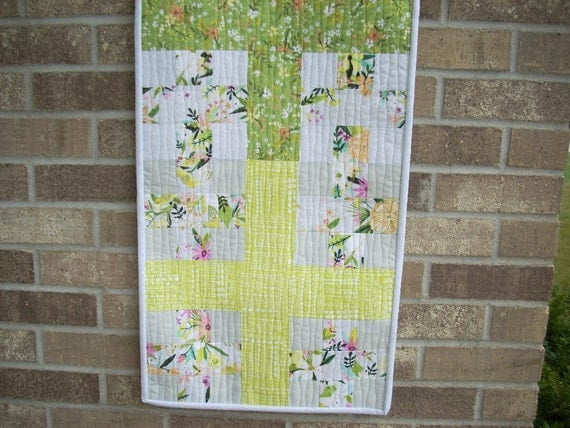 blush and bloom big and little cross runner pattern