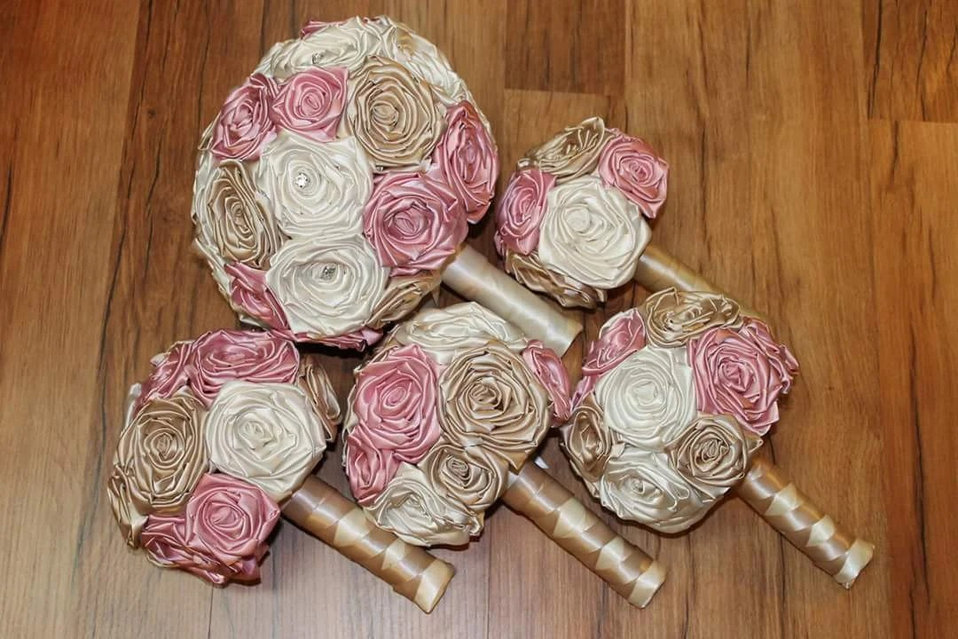 Dusty Rose And Champagne Wedding Bouquets Champagne And Blush