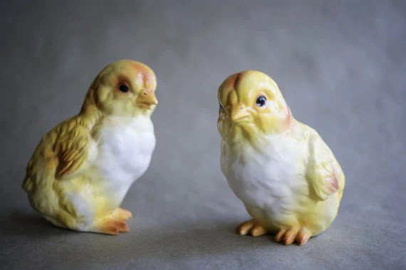 Vintage Lefton Easter Chicks Yellow Baby Chickens Figurines