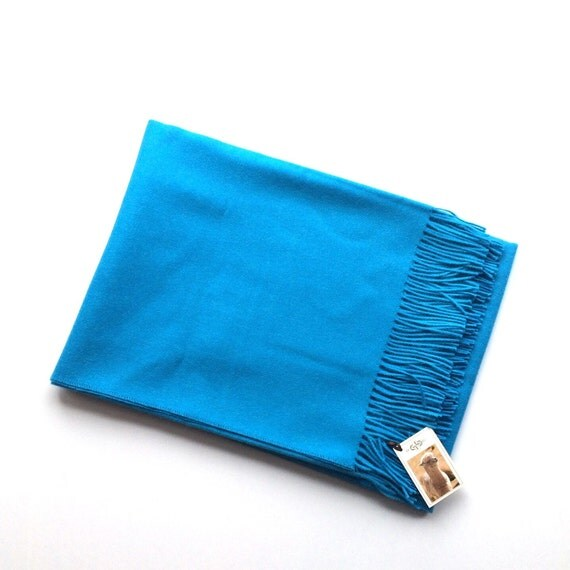Beautiful Luxurious Soft Baby Alpaca Throw Blanket with Fringe in Blue. Add a Splash of Color to Your Home Décor with this Blanket.