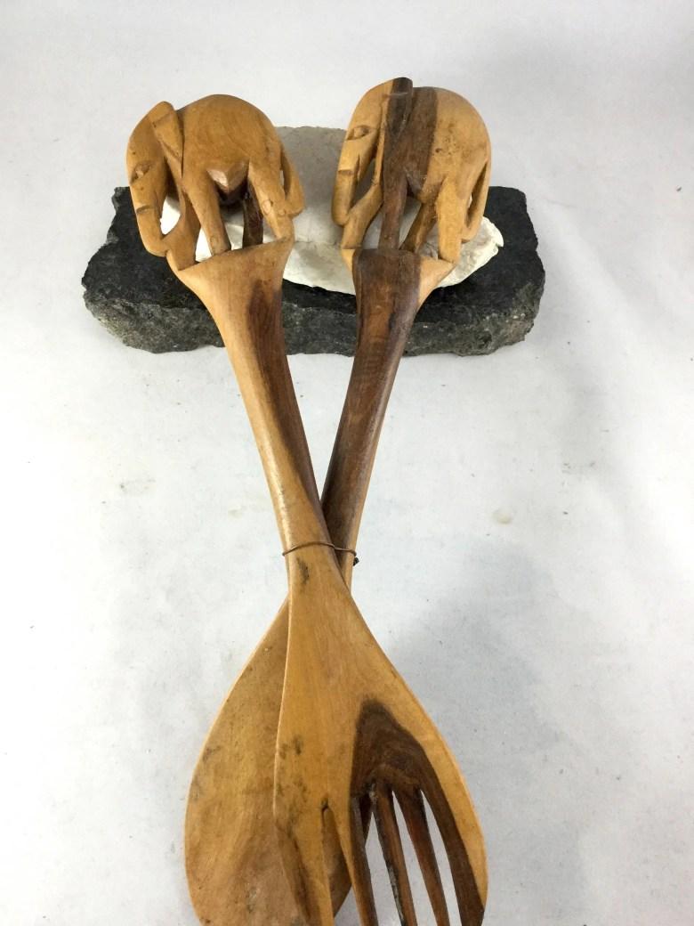 Vintage Hand Carved Woode...