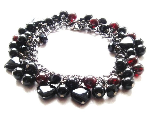 Bracelet Gun Metal with Bauble Black Onyx and Garnet Beads