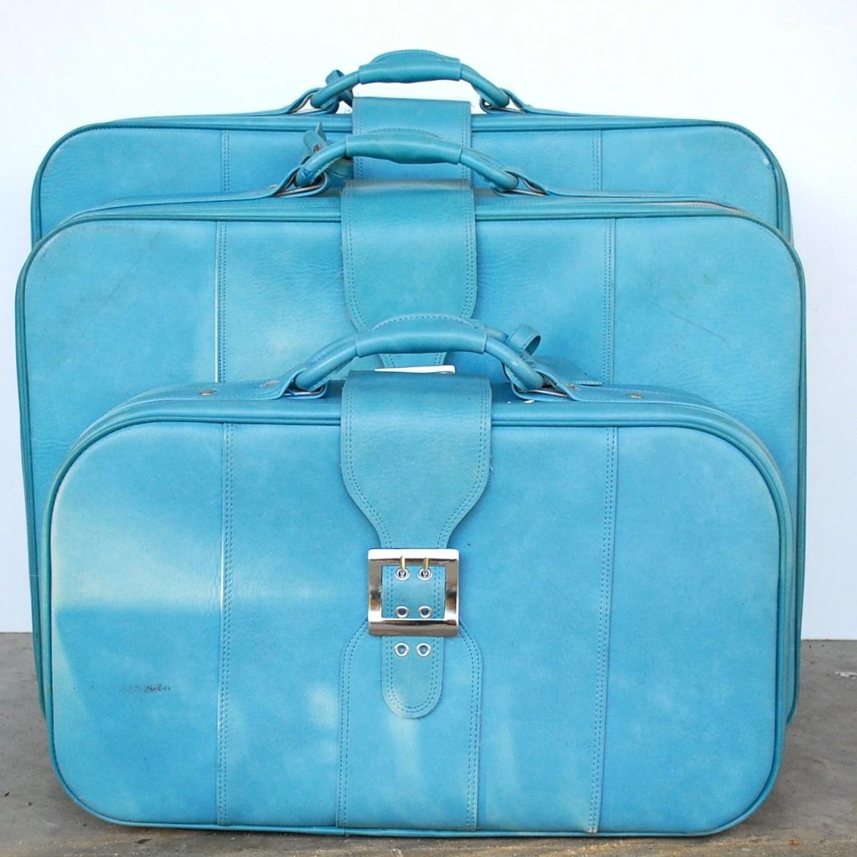 Vintage Blue Luggage / Set of 3 Nesting Suitcases / BANTAM - thevintagetreehouse