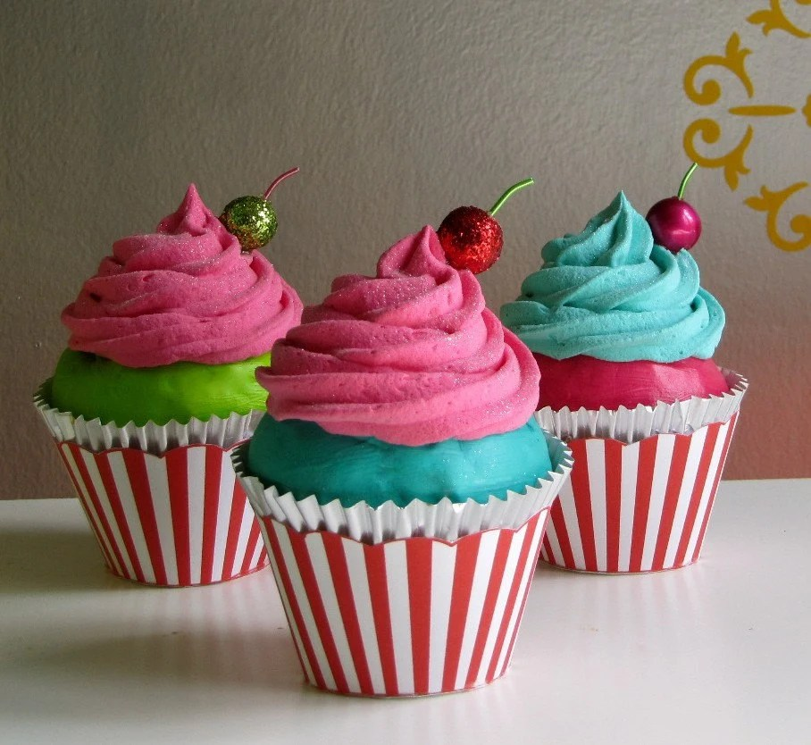 "Fake Cupcake ""Under The Big Top"" Collection Hot Pink Frosting Turquoise Cake Can Add Name Card Holder, Business Card Holder/Photo Holder"