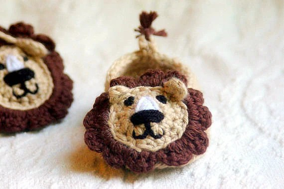 Baby Booties Crochet Pattern for  Lion House Slippers