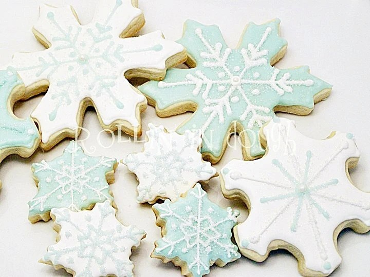 Snowflake Cookies, Christmas Cookies, Winter Cookies - 1 Dozen