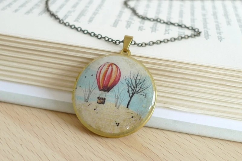 Vintage Locket Necklace Hot Air Balloon by jpbeads