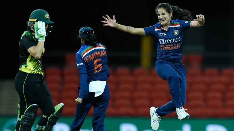 Watch Mandhana: 'It was superb to look at our bowlers dominate Australia' – ESPN Cricket News