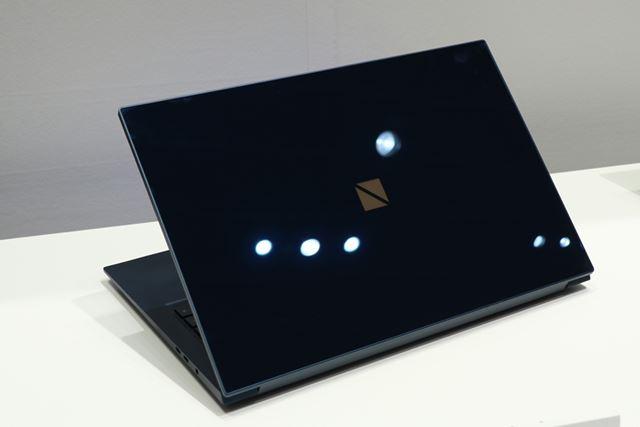 最上位モデルの「LV950/RAL」は天板にゴリラガラス6を採用