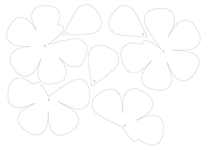 венки и свадебные букеты из бумажных розочек (1) (699x506, 64Kb)