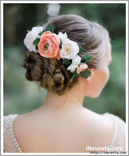 Свадебная прическа с цветами - ампир/4799166_wedding_hair_02 (420x508, 101Kb)