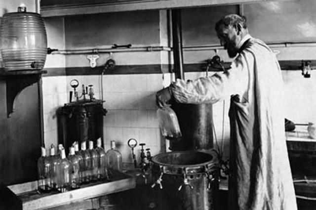 Лекарство от смертельной болезни. История открытий Луи Пастера