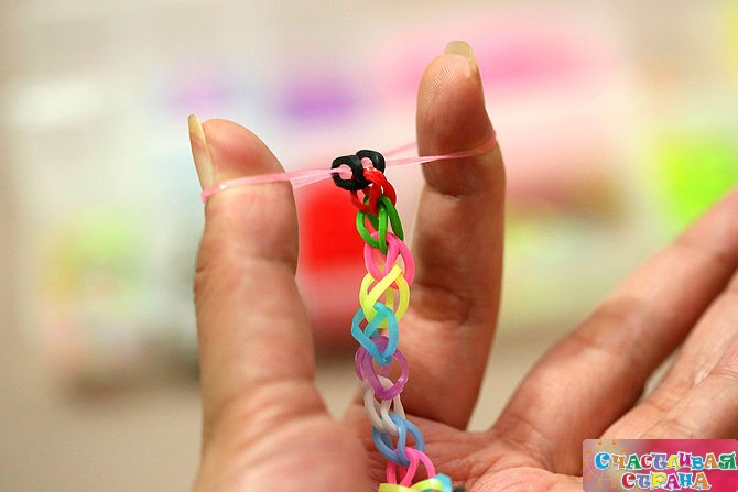 Картинки плетение из резиночек для начинающих