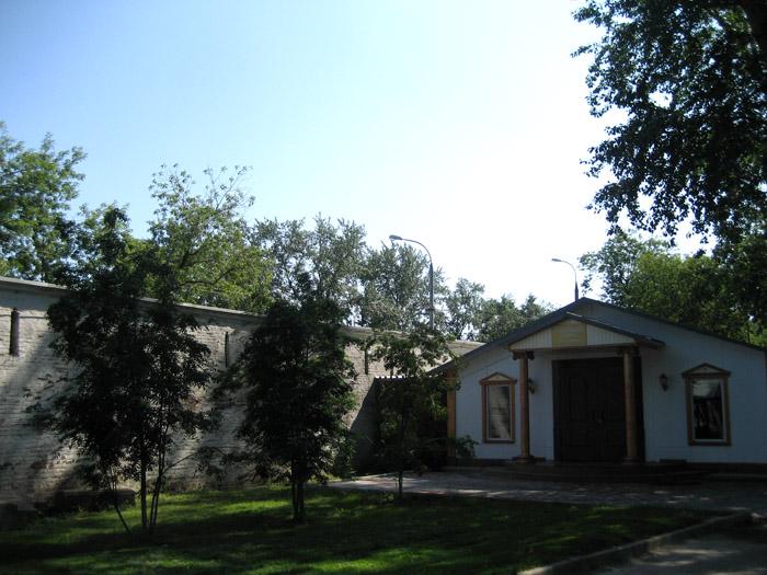 1067597_Andronikov_Hlebnii_dom (700x525, 153Kb)