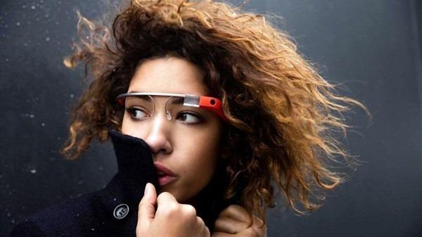 Google не будет продавать программу распознавания лиц для очков Google Glass. Фотографии