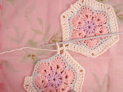 Flower crochet piece AFRICAN FLOWER for knitting toys (18) (400x300, 81Kb)