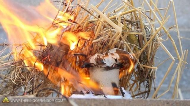 Как разжечь костёр с помощью воды: 5 простых способов