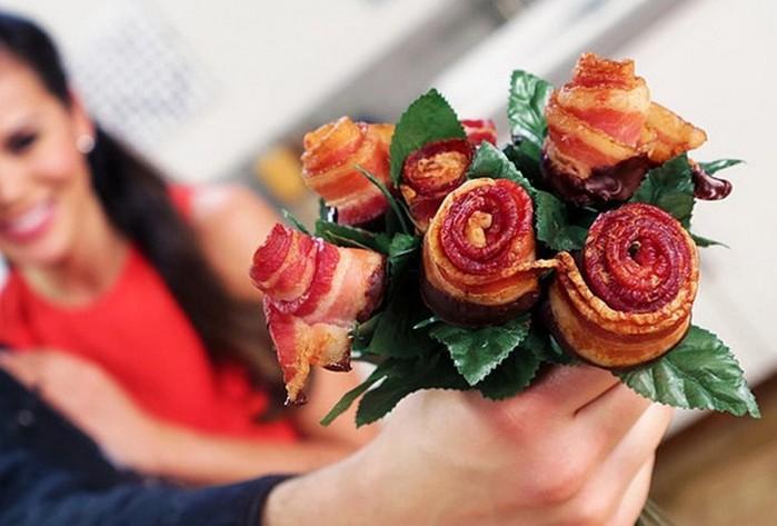 Букет   розы из бекона: как сделать креативный подарок девушке