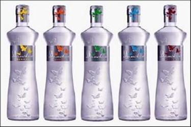 Водочная мода: дизайнерские бутылки для огненной воды