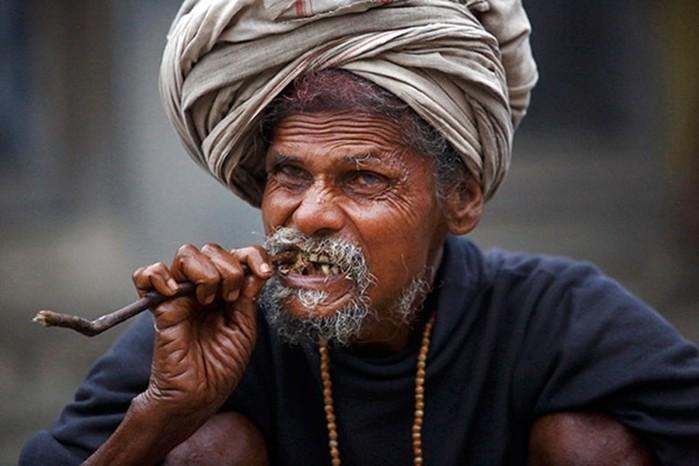 В Индии до сих пор практикуется ритуальный каннибализм