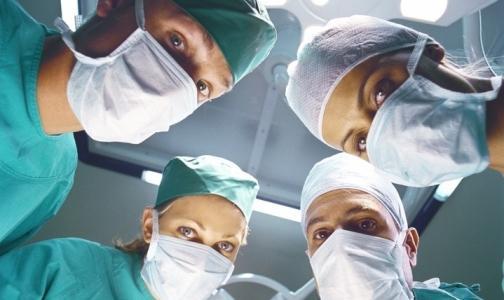 Чаще всех спиваются хирурги и юристы