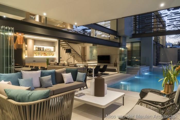 Наполненный светом дом из экологичных материалов в Йоханнесбурге