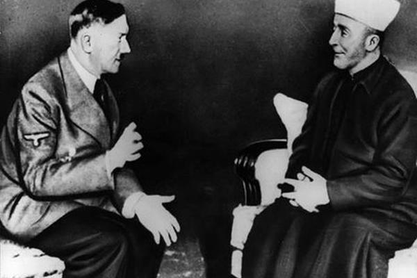 Верил ли Гитлер в бога и в какого именно, если его отец был антиклерикалом и скептиком, а мать— католичкой