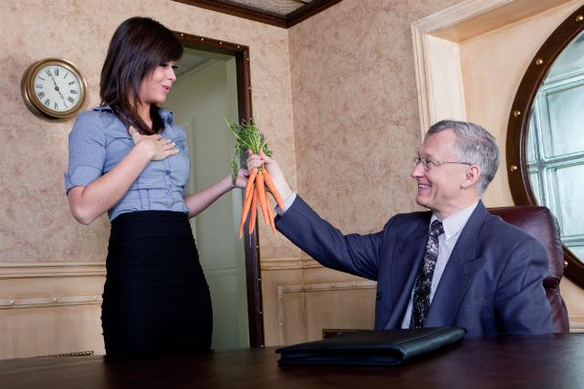 5 фраз, которых следует избегать в разговоре о зарплате