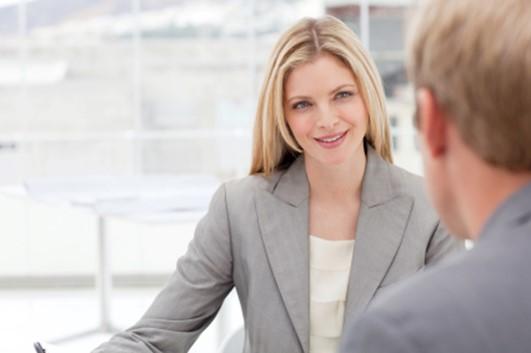 Правильный зрительный контакт: эффективный невербальный сигнал