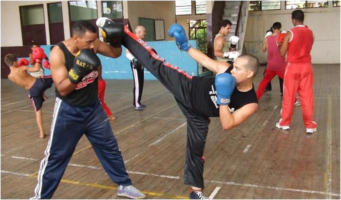 «Бокс ногами»: история французского боевого искусства сават