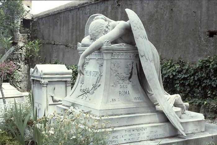 Загадочный «Ангел скорби»: история трагического памятника