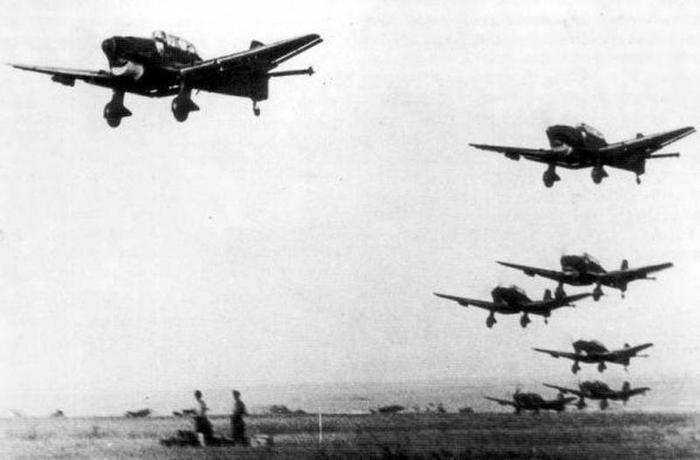Какие советские города бомбили первыми в начале войны 22 июня 1941 года