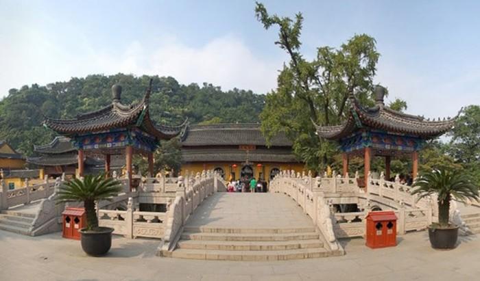 Достопримечательности города Чжэньцзян