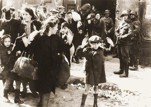 Почему Гитлер хотел истребить всех евреев? Последствия геноцида для Европы