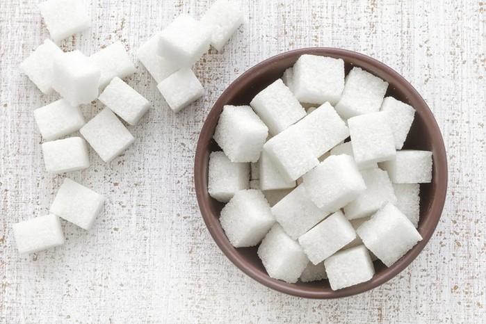 Весомые 6 причин отказаться от сладостей
