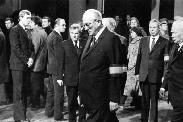 Кого Леонид Брежнев хотел оставить своим преемником