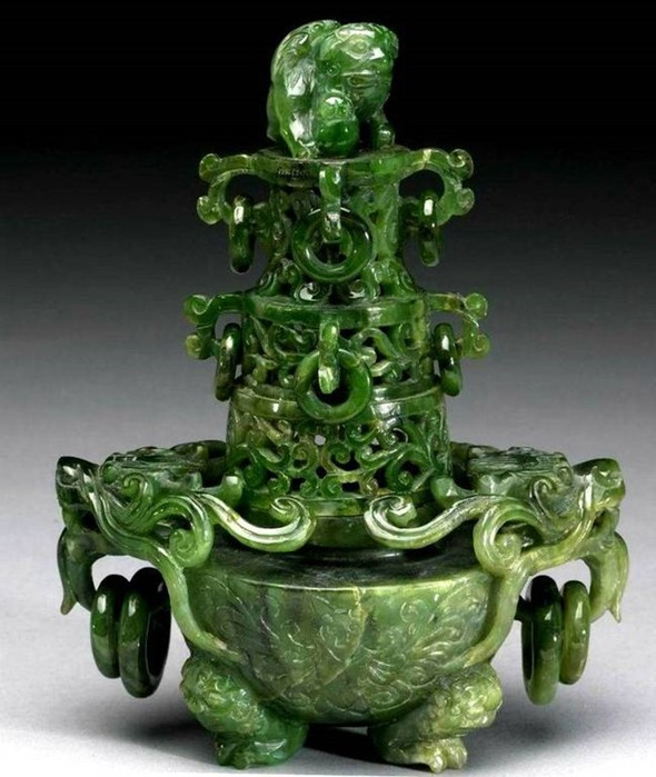 Нефрит— китайский «камень царя»