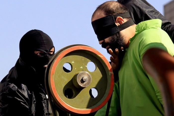 Как в Иране победили воровство с помощью машины для ампутации