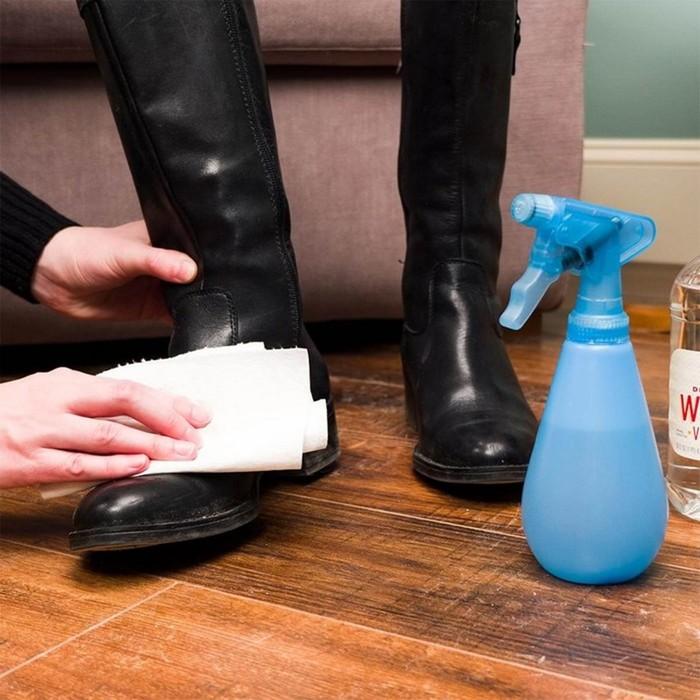 Средство, как убрать пятна соли с обуви и предотвратить появление новых