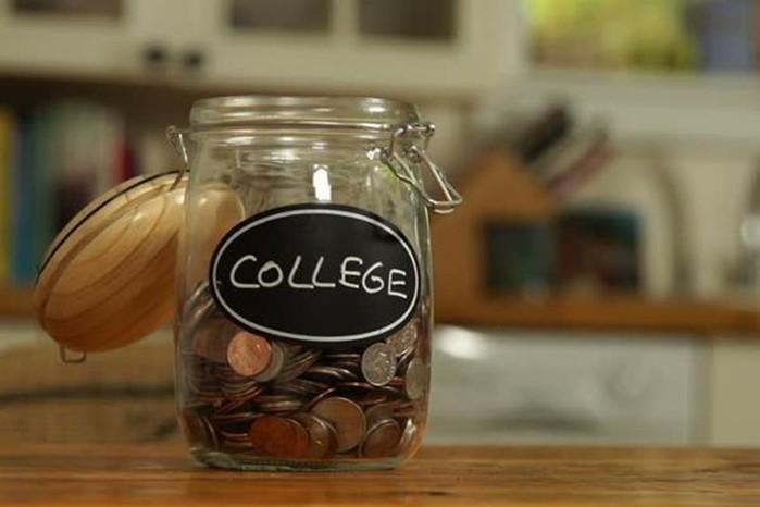 На что хватит денег, которые американцы тратят на высшее образование