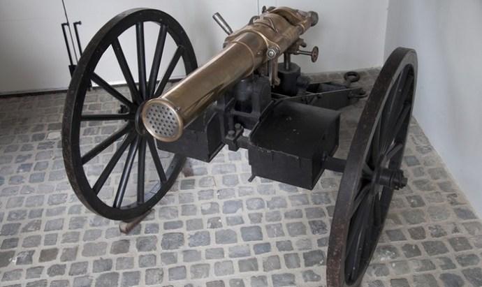 Митральеза: самый безумный пулемет в истории