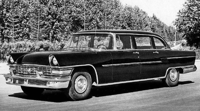 7 легендарных автомобилей в СССР