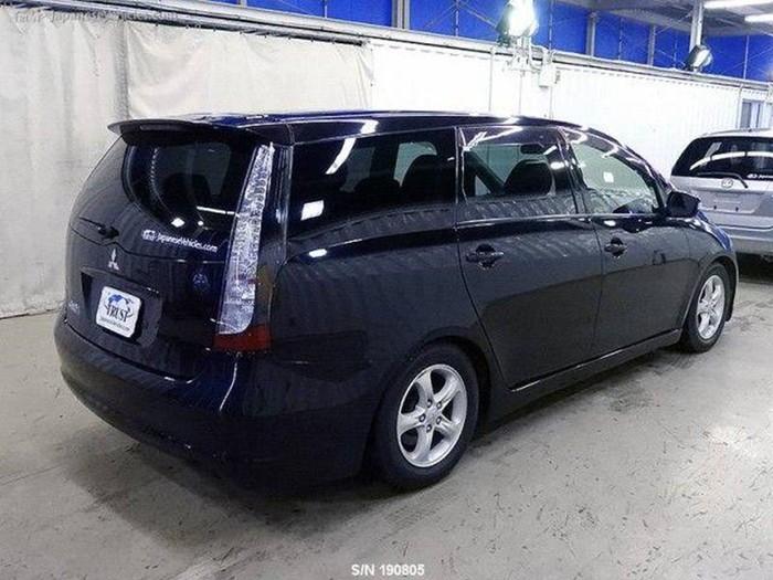 Какую машину можно купить в Японии за 100 тысяч рублей