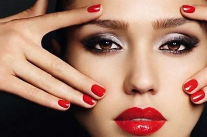 Классический и современный макияж с красной помадой